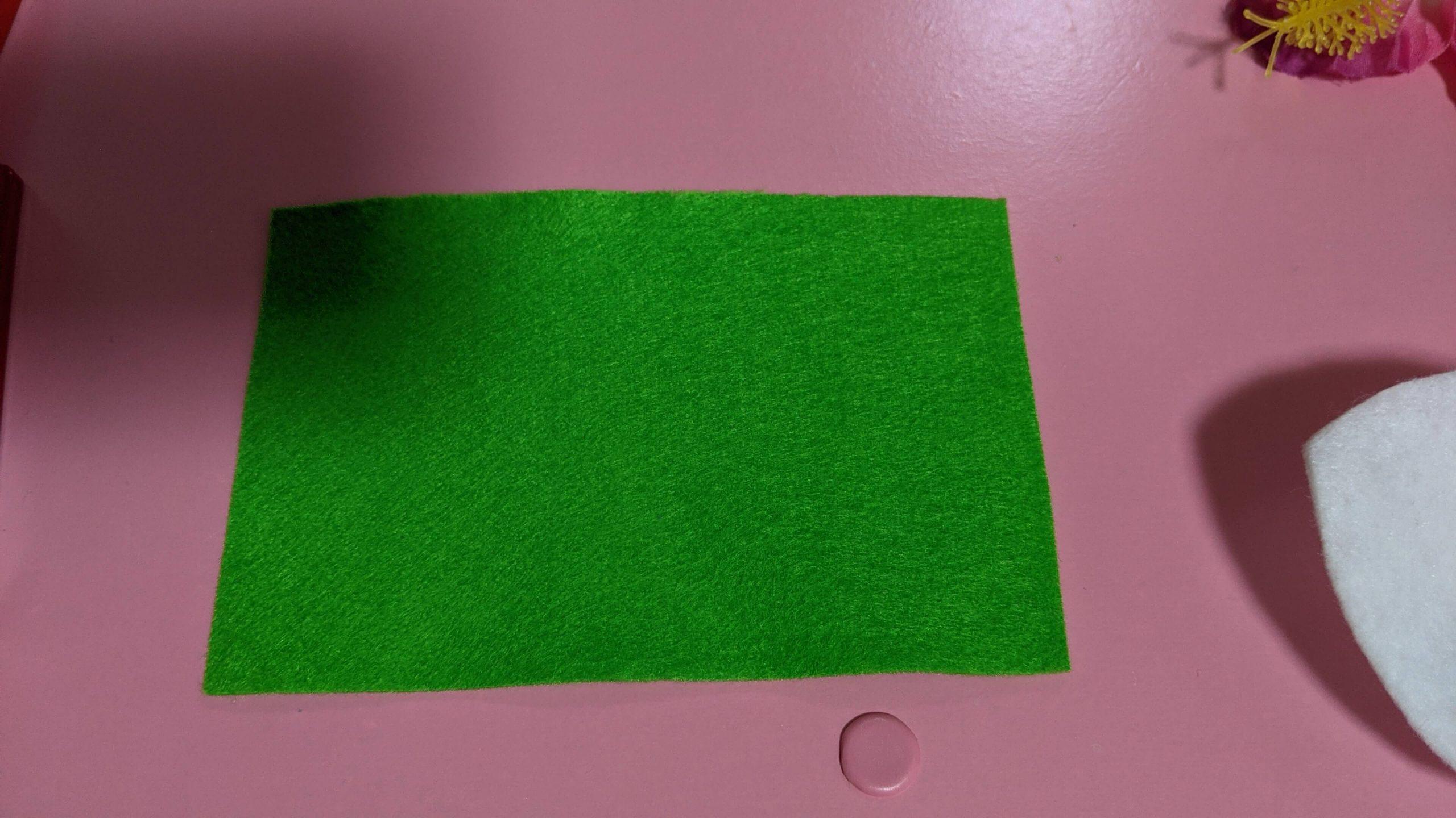 緑 フェルト